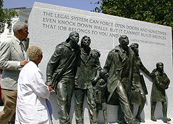 Many citizens and speakers attended the unveiling of the Civil Rights Memorial on Capitol Square.