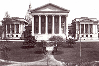 The Senate and House wings, as well as the portico steps, were added in 1906.